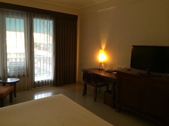 Bali Rani Hotel: the superior room