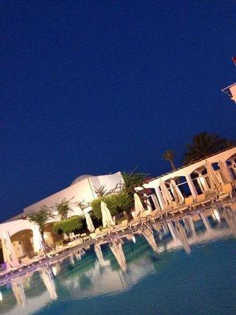 Club Med Djerba la Douce: piscine de la douce
