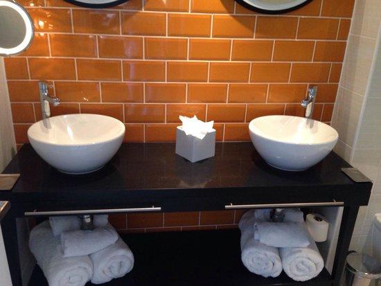 Hotel Indigo Newcastle: Room 439 - Suite