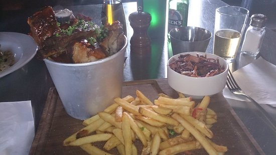 Victory Chop & Ale House: Ribs by the Bucket Load...