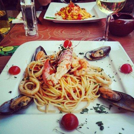 Ristorante Mattarello : Spaghetti ai frutti di mare