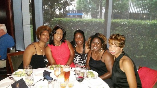 Del Frisco's Double Eagle: Friends and food