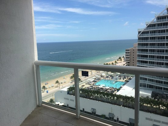 Hilton Fort Lauderdale Beach Resort: view from balcony
