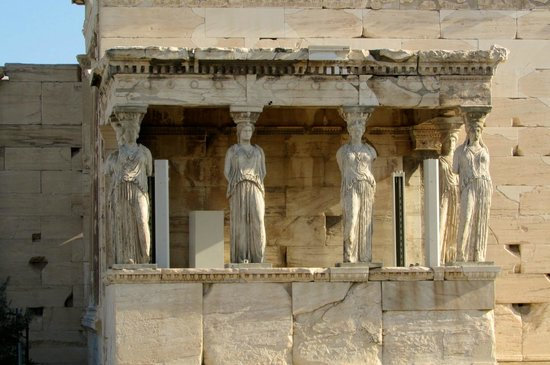 Private Greece Tours : Acropolis statues