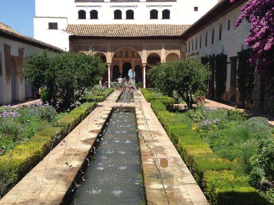 Alhambra: Water Gardens