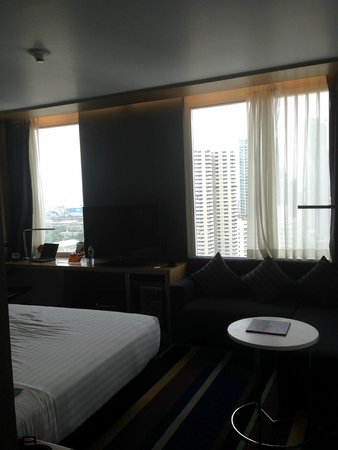 Aloft Bangkok - Sukhumvit 11: Urban Chic Room, 15th floor