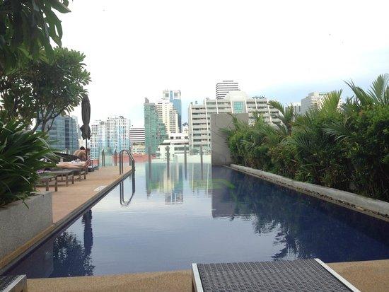Aloft Bangkok - Sukhumvit 11: Infinity Pool