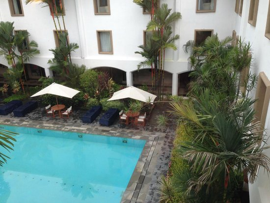 Trident, Cochin : pool