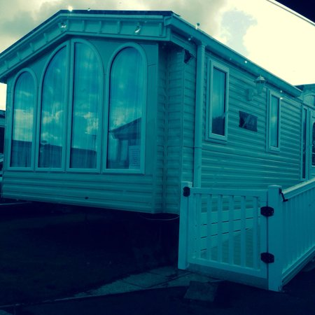 Fleetwood, UK: Our caravan booked deluxe plus but got so much better, beautiful inside & out