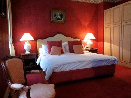Friday Hotel Prague: Very romantic room.
