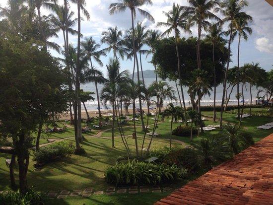 Hotel Tamarindo Diria: Hotel grounds