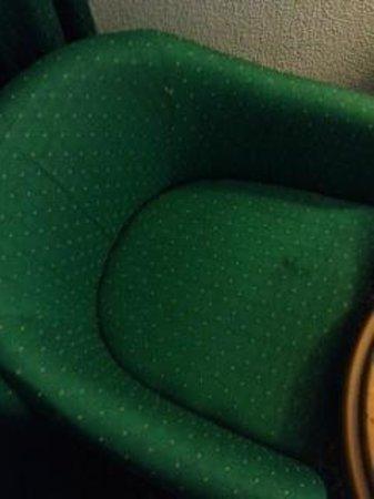 El Mouradi Hammamet: chair in the room very dirty