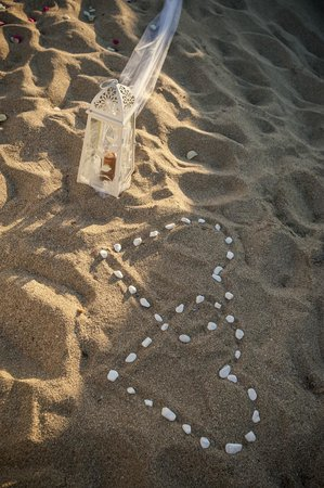 Blue Beach Villas & Apartments: Beach near hotel (wedding)