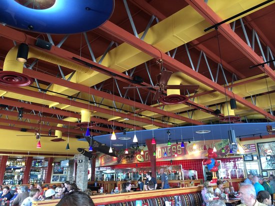 Red Robin Gourmet Burgers: In the robin