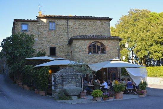 Nicht nur die Lage der Bar Ucci in Volpaia ist gut ... =)