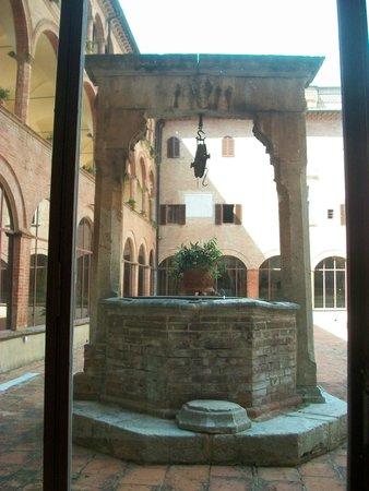 Abbazia di Monte Oliveto Maggiore: Giardino