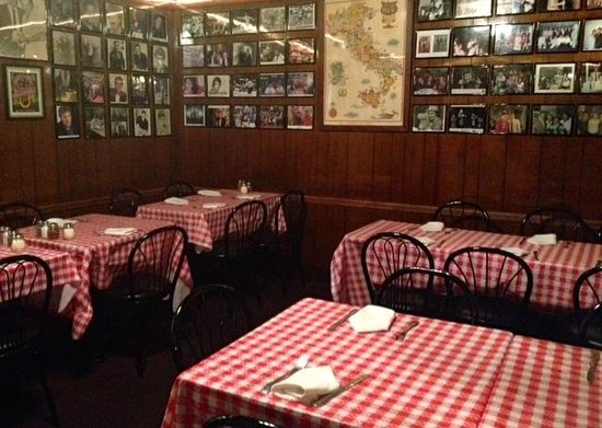 The Belmont Tavern: Browse the pictures of celebrities and personalities who dined here.