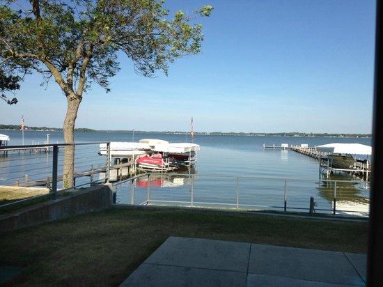 South Shore Inn - Clear Lake: Patio area