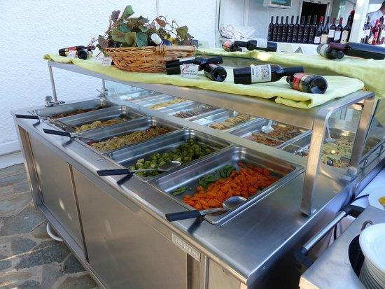 Vritomartis Naturist Resort: Buffer dinner (there are much more!)