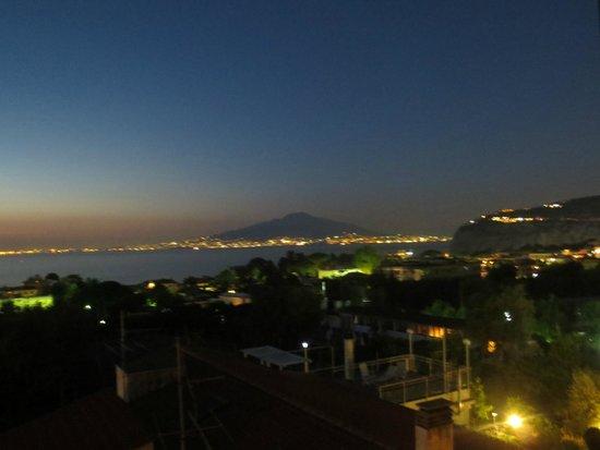 Hotel Central : Panorama dalla camera (notturno)
