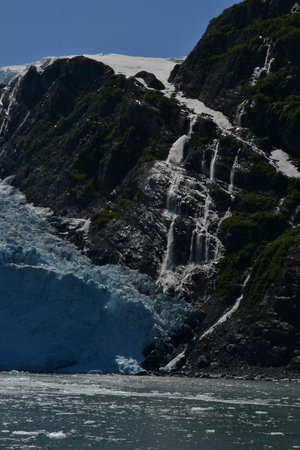 26 Glacier Cruise by Phillips Cruises and Tours: One picture cannot show all the amazing characteristics of a glacier.