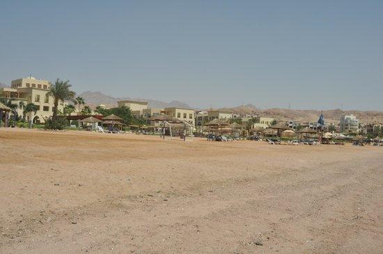 Radisson Blu Tala Bay Resort, Aqaba: The beach