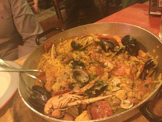 La paella dell acquacheta per 2 - Foto di L\'acquacheta Ristorante ...