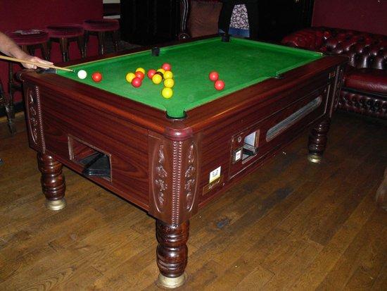 The Queens Head Inn: Pool Room