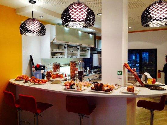 Mercure Nice Centre Grimaldi : salle à manger