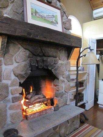 Sugar Hill Inn : Gas Fireplace