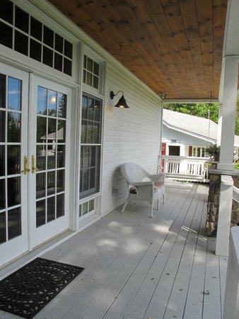 Sugar Hill Inn : Porch of the Dream Cottage