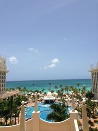 Hotel Riu Palace Aruba: Hotel view from our room