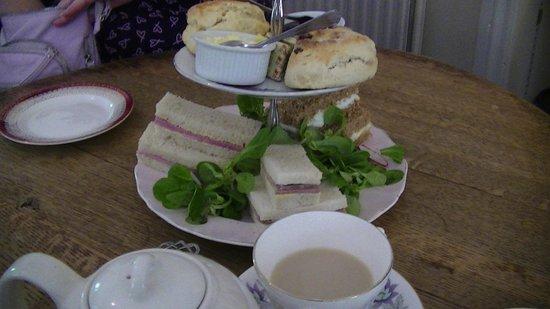Pettigrew Tea Rooms: Tea for two