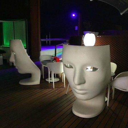 Hotel Espana: bar près de la piscine au 5ème etage