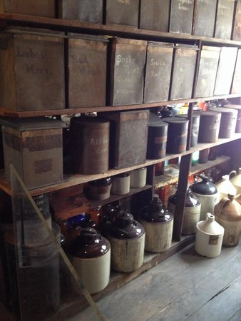 Stabler-Leadbeater Apothecary Museum: Store room