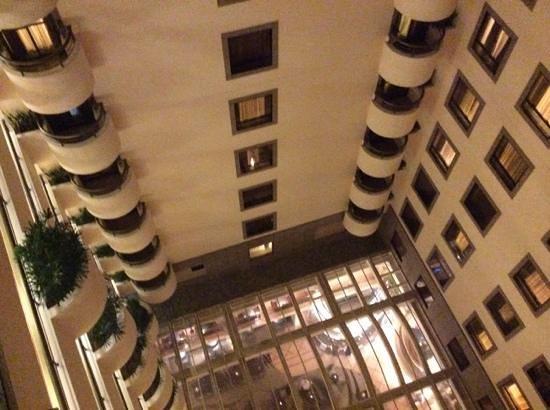 JW Marriott Hotel Rio de Janeiro: janela do quarto - atrium