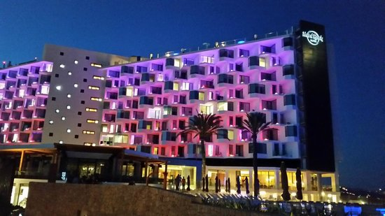 Hard Rock Hotel Ibiza: Hard Rock by Night