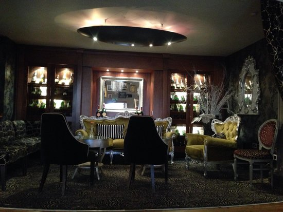 Grand Cafe : Part of the bar