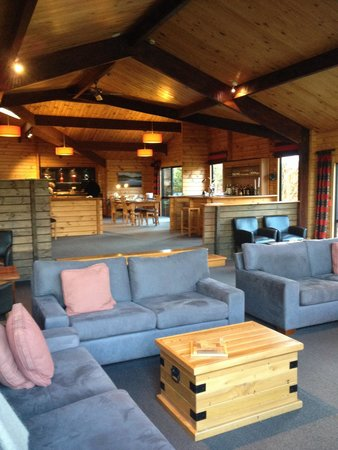 Westwood Lodge- A Select Hotel: La pièce commune