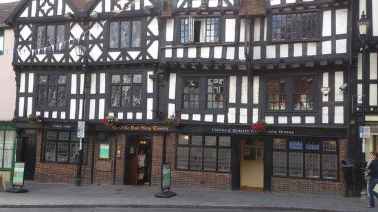 Ye Olde Bull Ring Tavern: Devanture