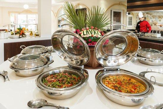 Lavris Hotel Bungalows : BUFFET