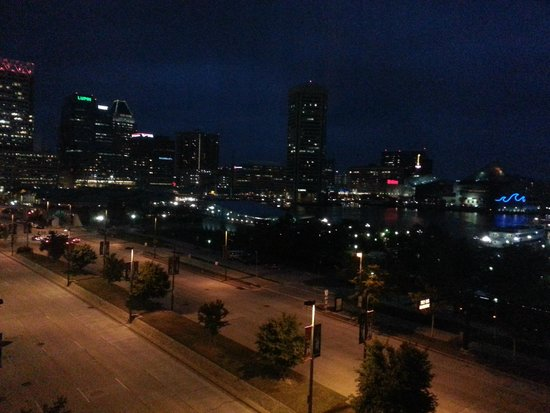 Royal Sonesta Harbor Court Baltimore : night views from our room