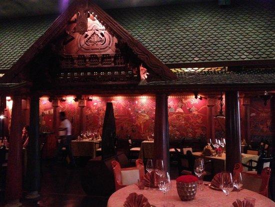 The Imperial Hotel : restaurante tailandês
