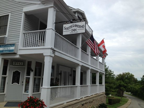South Landing Inn : Front of the original building.