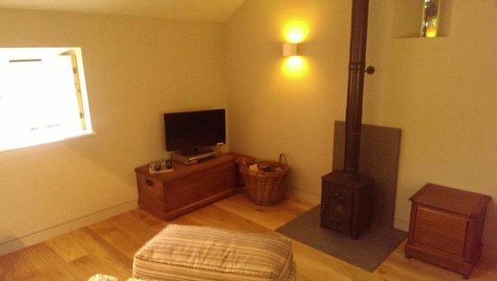 Sunny Brow Barn: Lounge area with wood burner