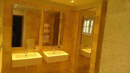 Sunny Brow Barn: Beautiful spacious bathroom with large shower