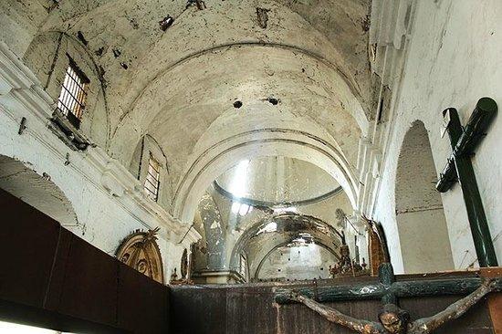 Iglesia y Convento de San Francisco: Péssima conservação
