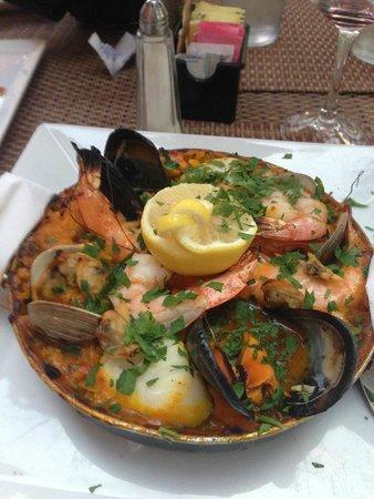La Lou Bistro: Paella