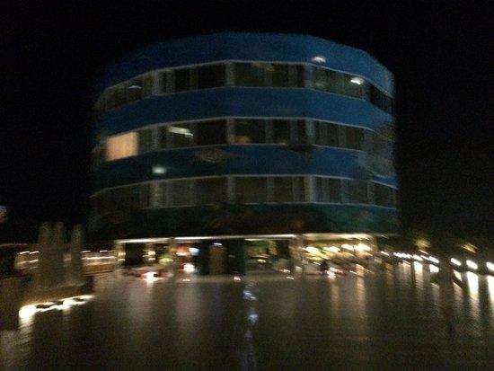 The Marmara Antalya: Hotel di sera