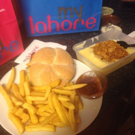 MyLahore: What's in the bags